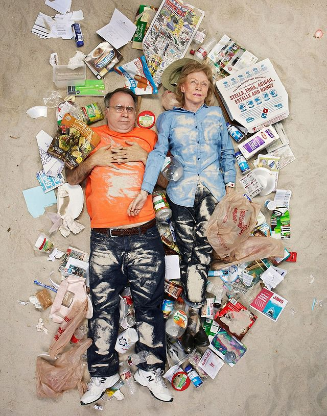 白人の老夫婦が1週間で出したゴミの量・内訳