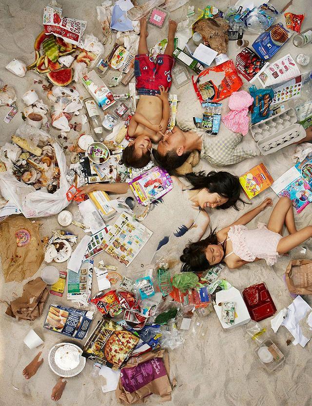 東洋人の4人家族が1週間で出したゴミの量・内訳