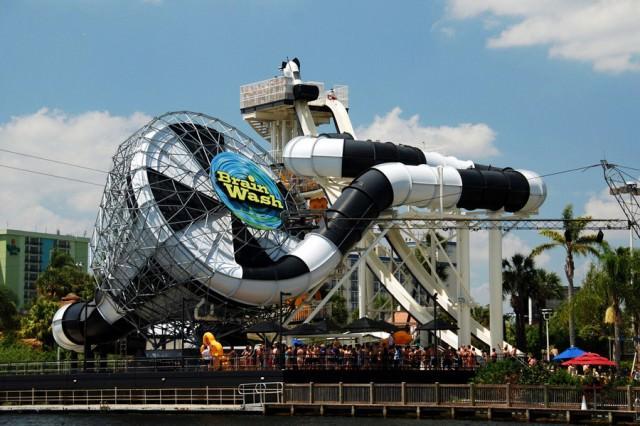 凄いウォータースライダー:Brain Wash(米フロリダ州)