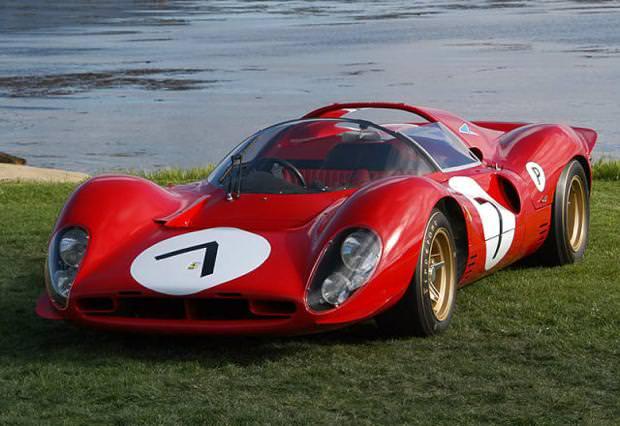 クラシックカー:フェラーリ(1962 Ferrari 330 P4)