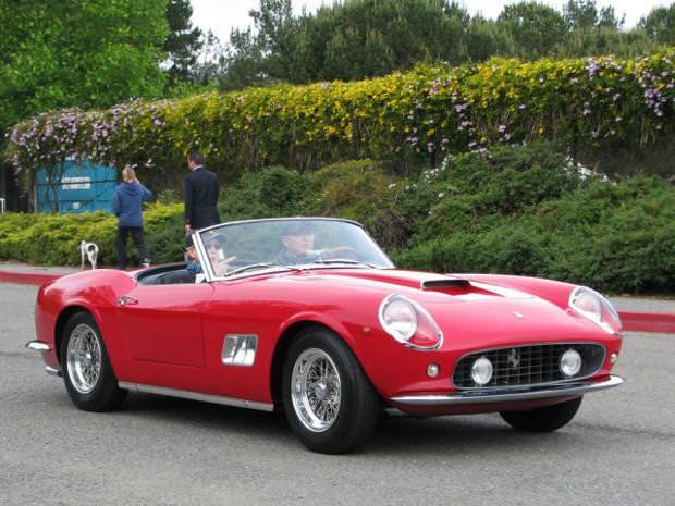 クラシックカー:フェラーリ(1961 Ferrari 250 GT SWB California Spyder)