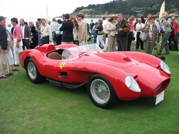 クラシックカー:フェラーリ(1957 Ferrari 250 Testa Rossa)