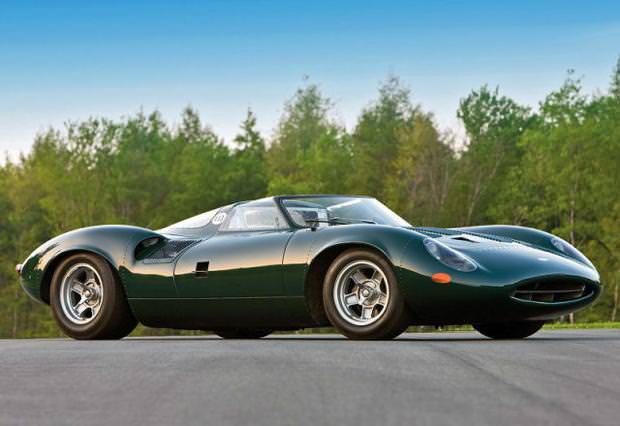 クラシックカー:ジャガー(1966 Jaguar XJ13)