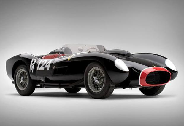 クラシックカー:フェラーリ(1958 Ferrari 250 Testa Rossa)