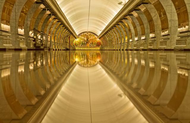 美しい地下鉄駅:Kievskaya駅・Park Pobedy駅(ロシア-モスクワ)