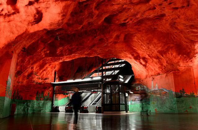 美しい地下鉄駅:Solna駅(スウェーデン-ストックホルム)