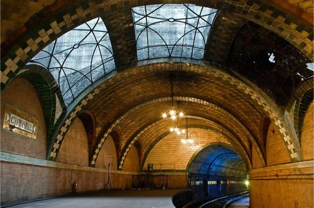美しい地下鉄駅:City Hall駅(アメリカ-ニューヨーク)