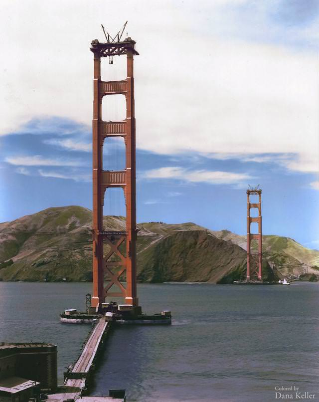 カラー化:建設中のゴールデン・ゲート・ブリッジ(金門橋)(1935年)