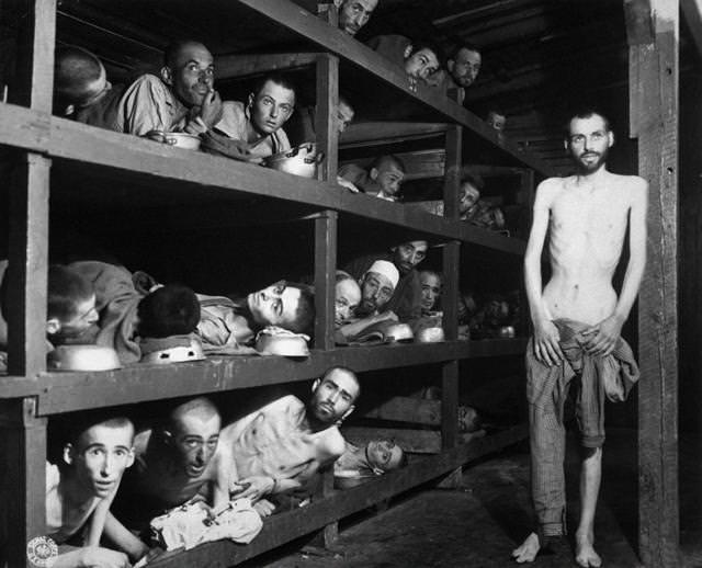 ブーヘンヴァルト強制収容所の様子(1945年4月16日)