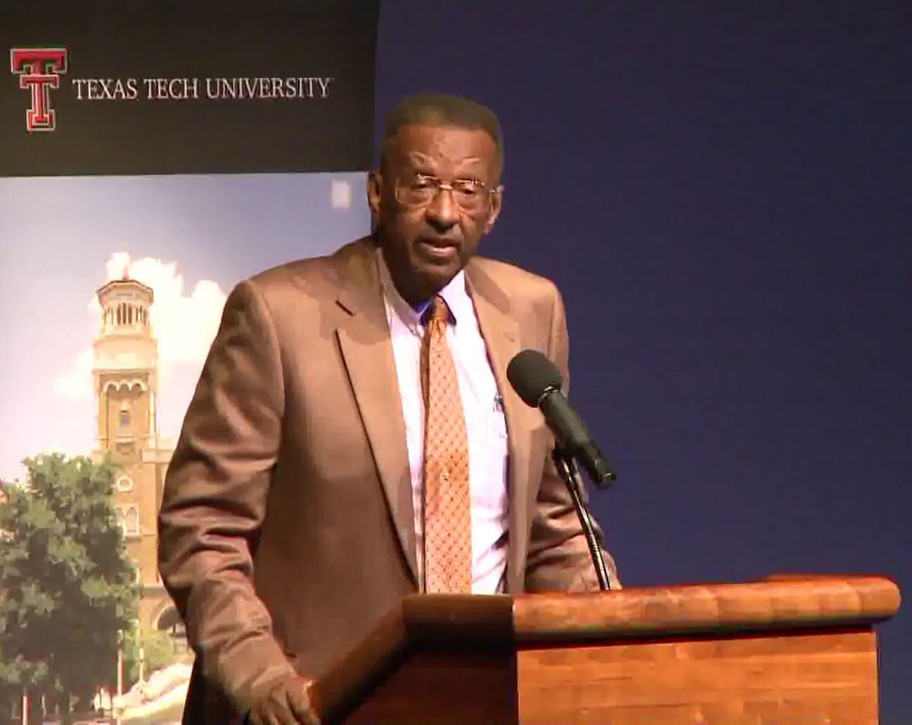 黒人経済学者 ウォルター・ウィリアムズ教授