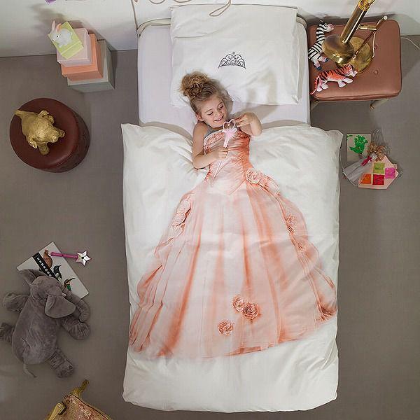 お洒落なデザインの枕カバー&ベッドカバー:ドレス柄