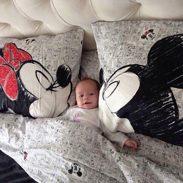 お洒落なデザインの枕カバー&ベッドカバー:ミッキー&ミニー