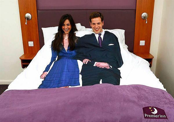 お洒落なデザインの枕カバー&ベッドカバー:紳士淑女