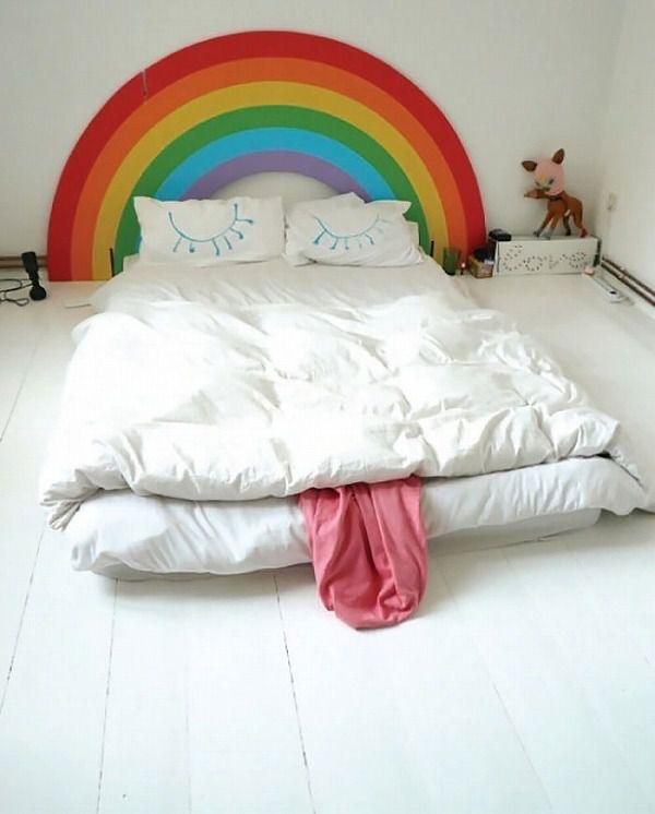 お洒落なデザインの枕カバー&ベッドカバー:眠っている虹