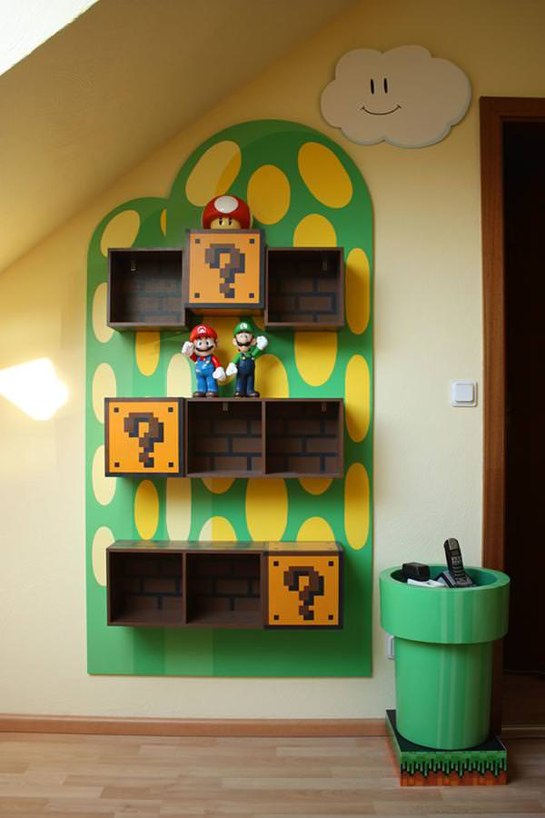 お洒落なデザインの本棚:ファミコンのスーパーマリオ