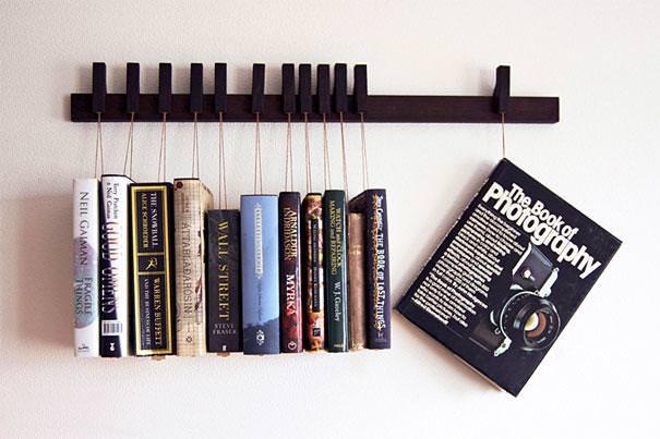 お洒落なデザイン:本をぶら下げておく本棚
