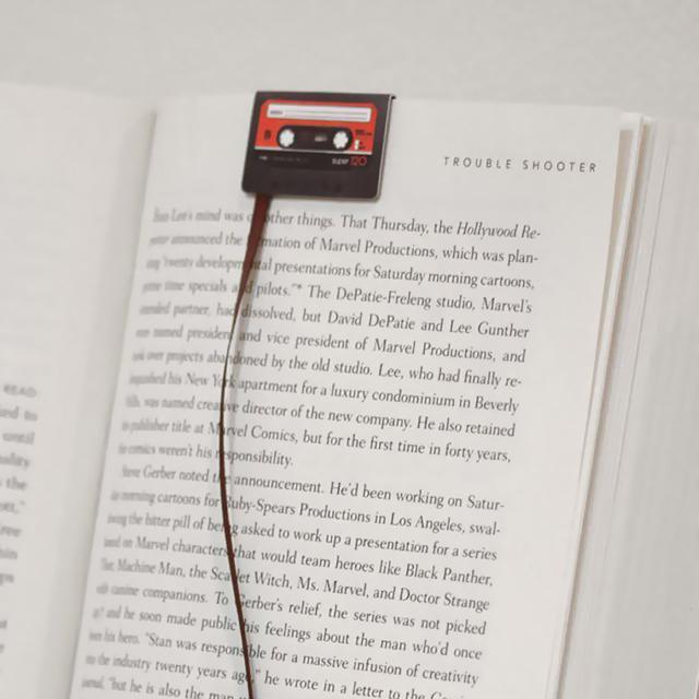 お洒落な栞:伸びたカセットテープ