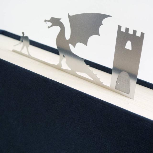 お洒落な栞:勇者・ドラゴン・お城