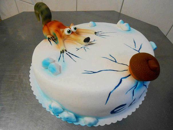 創作ケーキ:アイスエイジ