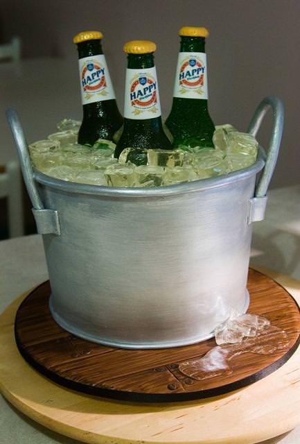 創作ケーキ:ビールバケツ