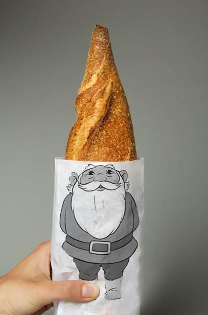 お爺さんのトンガリ頭になっているフランスパン