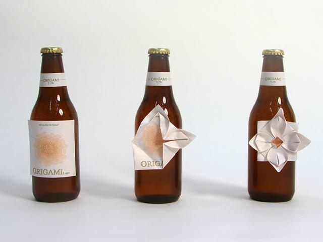 折り紙付きのビール瓶