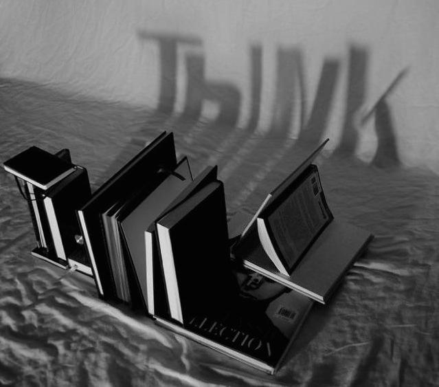 光と影の芸術:ノートや本から英単語