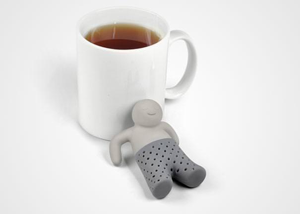 おしゃれな茶こし(ティーストレーナー):湯船に浸かっているオジサン