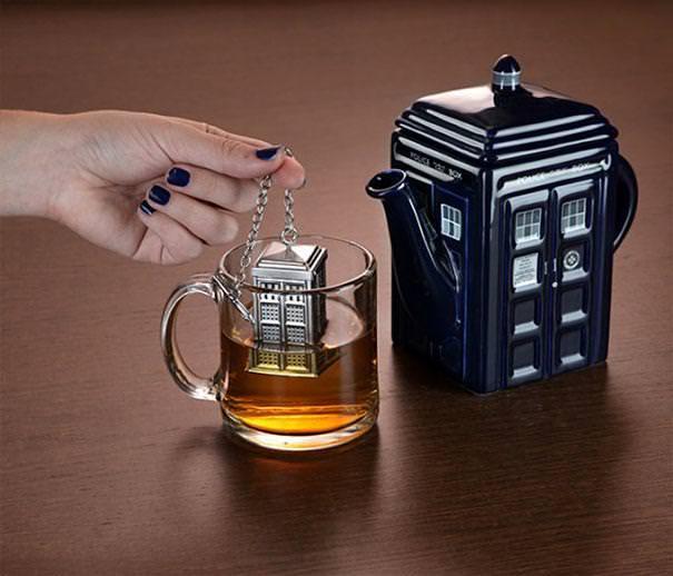 おしゃれな茶こし(ティーストレーナー):ドクター・フーに登場するターディス(TARDIS)