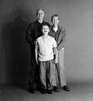 仲良し家族のタイムスリップ写真(2000年)