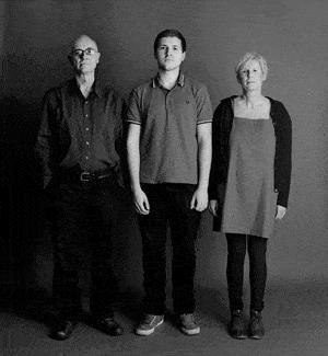 仲良し家族のタイムスリップ写真(2010年)