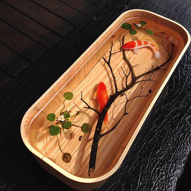 本物そっくりな3Dアート:枝と金魚