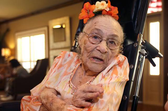 世界第2位の長生き-Gertrude Weaver