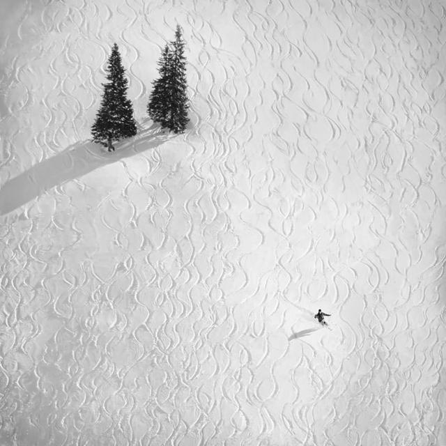 雪山のスキー場