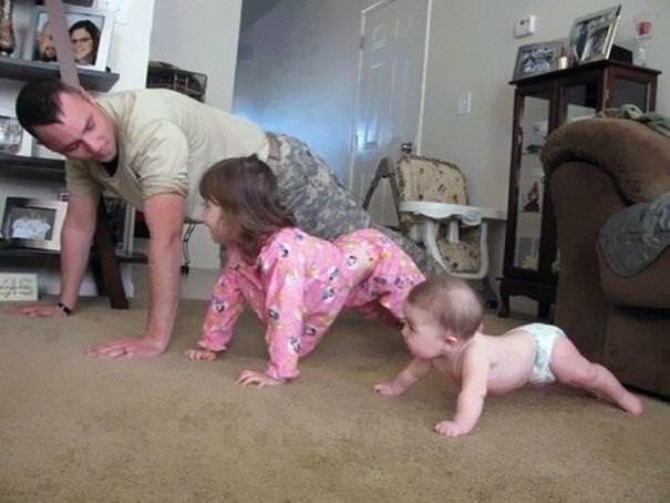 育児のアイディア:自らお手本を示してあげるイクメンパパ