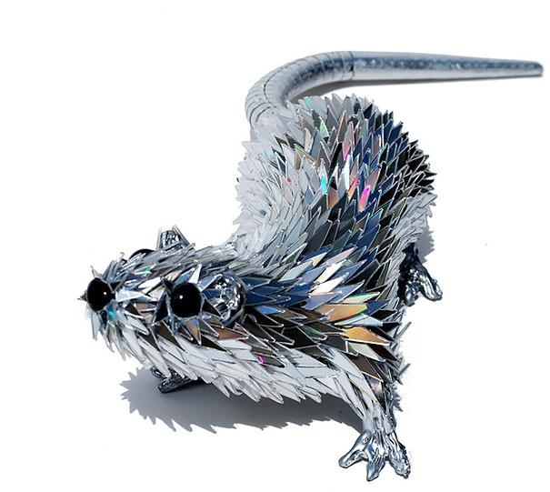 CD工作(リサイクル):CDの破片で作られた動物アート