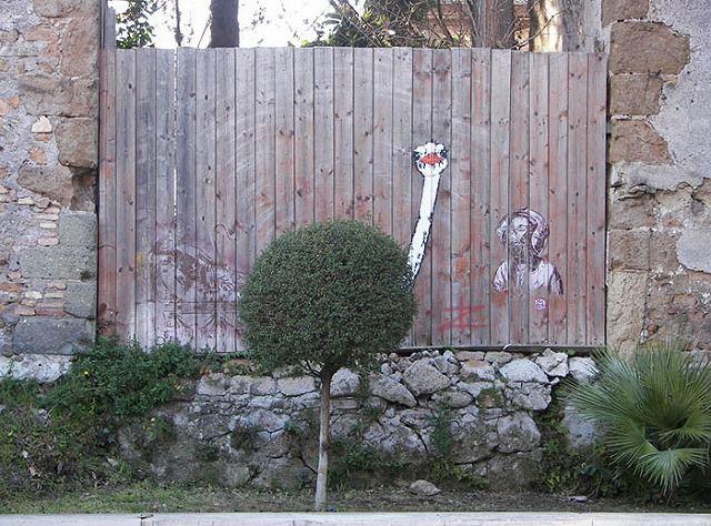上手いストリートアート:ダチョウ