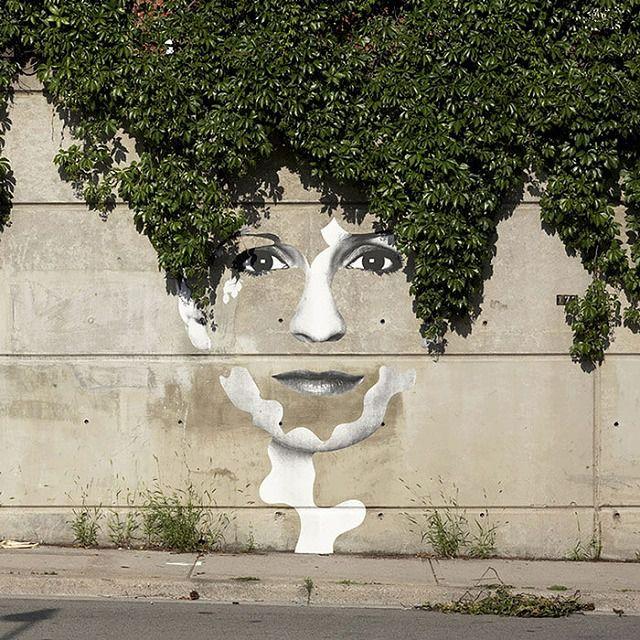 上手いストリートアート:壁から浮き出てくるリアルな顔