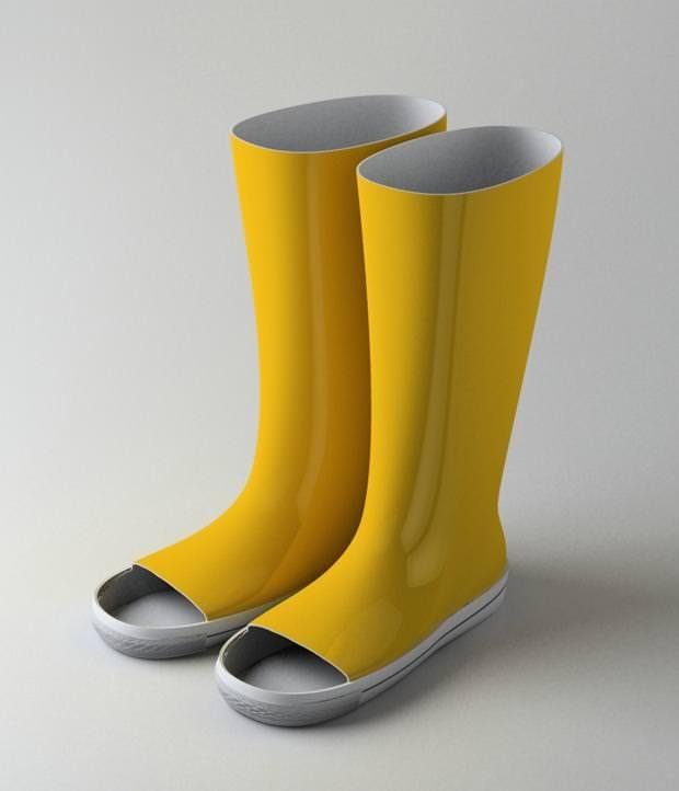 不便なデザイン:足先に大穴が開いている長靴