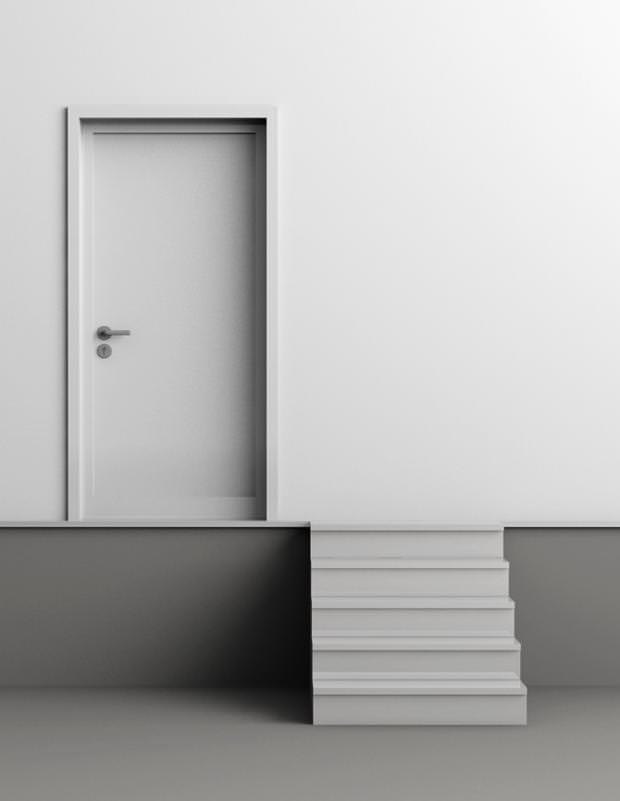不便なデザイン:階段とドアがズレている建物