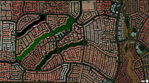 Desert Shores Communityの航空写真(衛星写真)