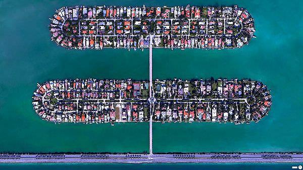 Palm Island / Hibiscus Island(フロリダ州マイアミビーチ)の航空写真(衛星写真)