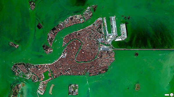 ヴェネツィアの航空写真(衛星写真)