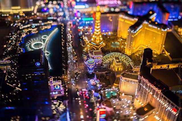 ラスベガスの夜景画像11選【美しすぎる都市の上空写真】