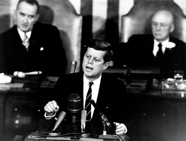 ケネディ大統領のスピーチ 『The President and the Press』 英文と日本語訳 - ディープステート対策をマスコミへ要請