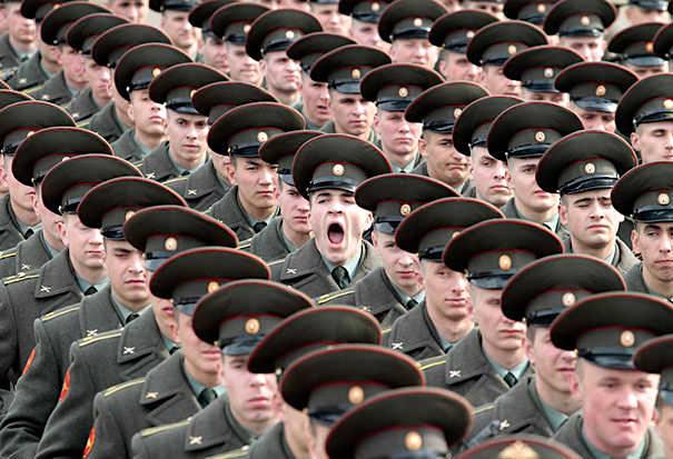 決定的瞬間を捉えた写真25選!ナイスタイミングの笑える面白画像