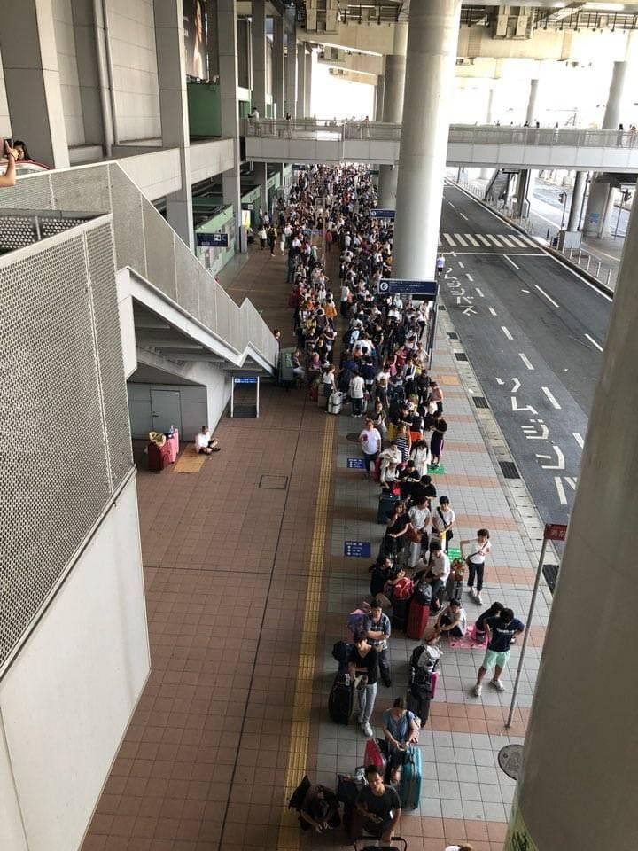 被害にあった関空から神戸港へのフェリー待ち
