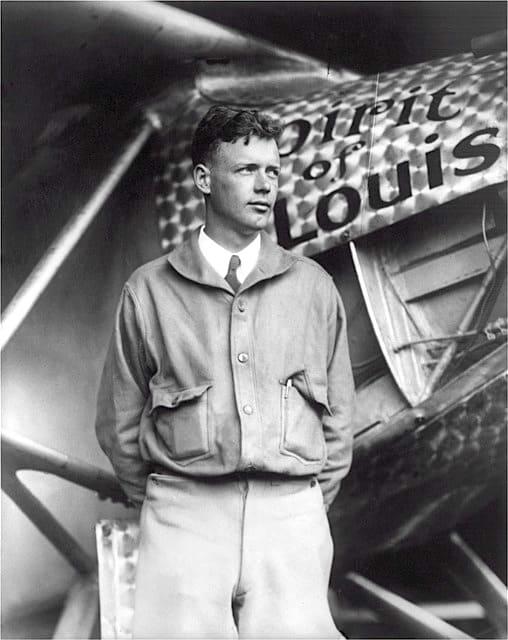 飛行機界の伝説的英雄チャールズ・リンドバーグ