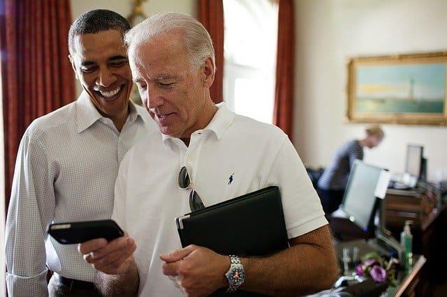 ジョー・バイデン副大統領とバラク・オバマ大統領