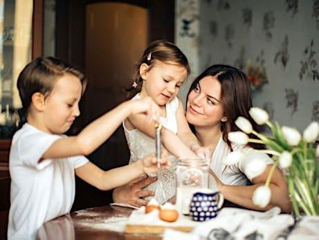 子供の性格タイプ(気質)に合った会話のコツ 効果的な『褒め方』の例